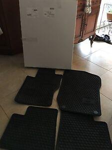 GL's 2012 & earlier Mercedes Oem floor mats