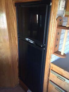 Réfrigérateur propane pour motorisé
