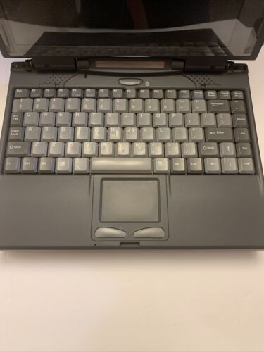 VINTAGE MAXTECH GREEN753 LAPTOP COMPUTER Untested - $24.99