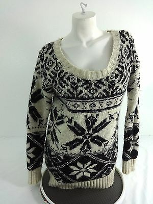 American Eagle Womens Black   Beige Nordic Print Sweater Size Large