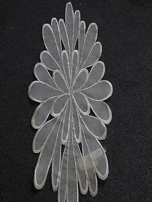 Tischläufer:ca.20cmx60cm;oval;Organza;Stickerei;modern;dekorativ;beige;Blüte ()