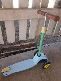 Fisher Price kids scooter