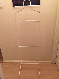 Valet blanc IKEA (Mulig)