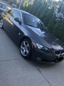 2010 BMW 328i xDrive (nav, fully loaded) AS IS