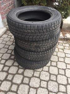 Pneu hiver BLIZZAK Bridgestone 195/65/R15