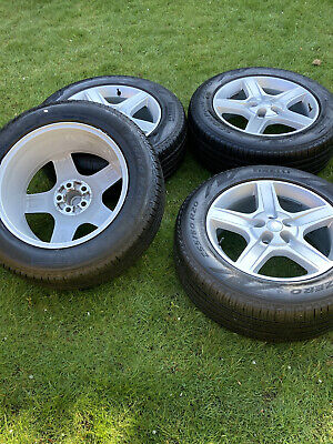 """4 x GENUINE LAND ROVER 20"""" DEFENDER DISCOVERY VOGUE ALLOY WHEELS PIRELLI TYRES"""