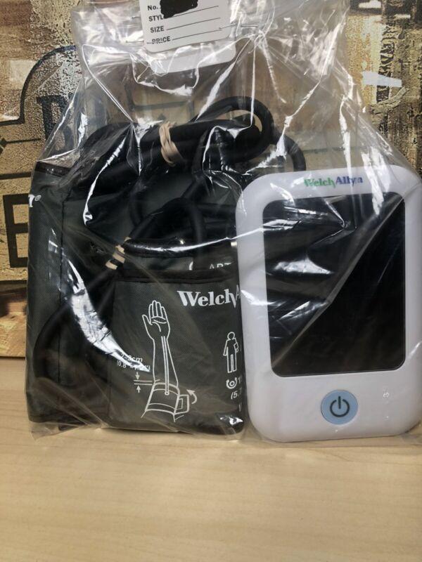 Welch Allyn 1700 Blood Pressure Monitor with SureBP Bluetooth Standard Wide Cuff