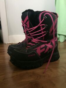 FXR x-cross snowmobiling boots