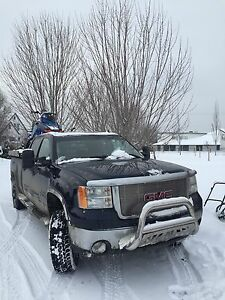 2008 GMC 2500 HD Duramax Fully loaded