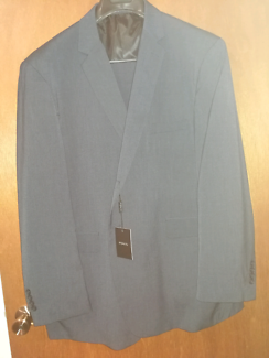 Brand new Pont size 52R mens suite, Navy coloured.