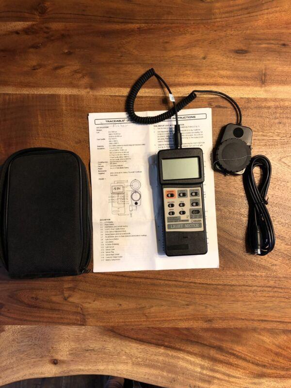 Fisher Scientific Traceable Dual-Display Light Meter