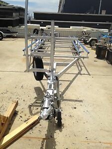 Pontoon boat trailer Hope Island Gold Coast North Preview