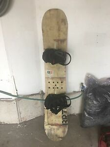 Burton blunt snowboard - All around board