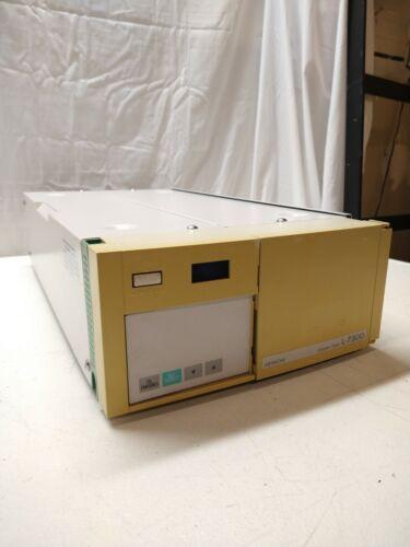 Hitachi L-7300 Column Oven *UNTESTED*   q