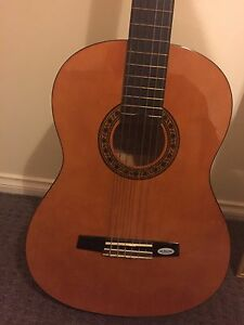 Valencia VC204H hybrid classical guitar Enfield Port Adelaide Area Preview