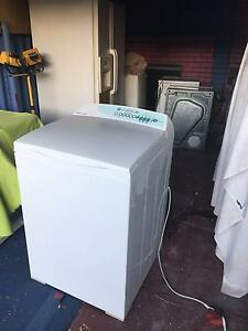 Fisher&paykel 7.5kg washing machine $279 firm NO OFFERS PLEASE Rivervale Belmont Area Preview