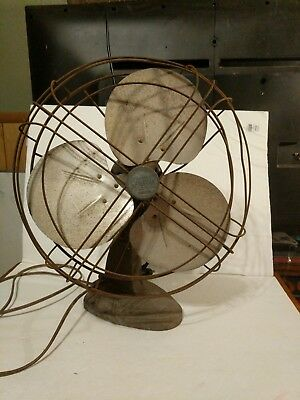 Vintage Spartan variable speed oscillating table fan Model P2163A