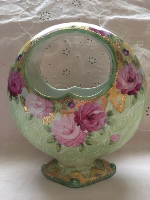 ANTIQUE NIPPON HAND PAINTED PINK ROSES and GOLD GORGEOUS MOON SHAPED VASE