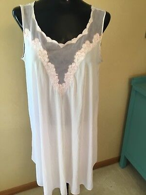 Vintage Women's Nightgown Pink Silky Nylon Applique Size 38