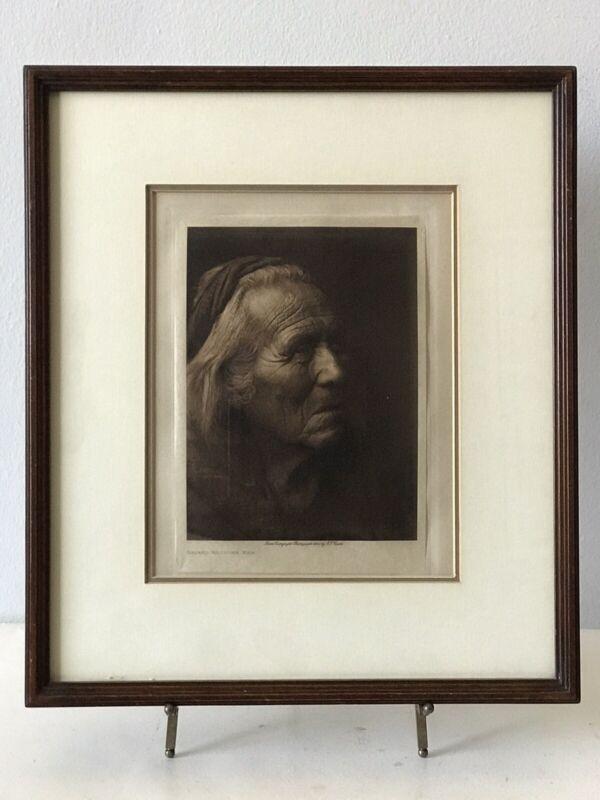 EDWARD S CURTIS (1868-1952) NAVAJO MEDICINE MAN PHOTOGRAVURE VINTAGE PHOTO