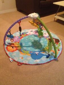 Play mat for baby (Fisher Price)