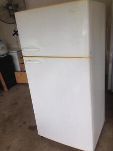 520L fridge freezer Tiwi Darwin City Preview