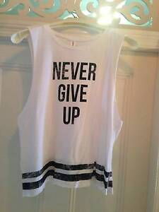 Lorna Jane 'Never Give Up' tank - Size M East Brisbane Brisbane South East Preview