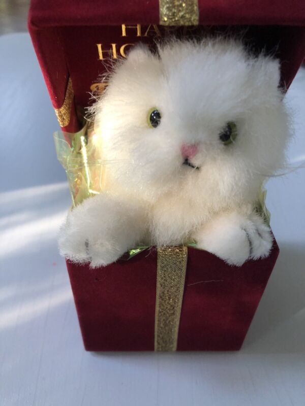 2003 Fancy Feast Christmas Tree Ornament Cat In A Gift Box New