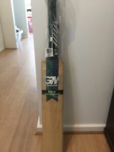 Gunn and Moore Cricket Bat Findon Charles Sturt Area Preview