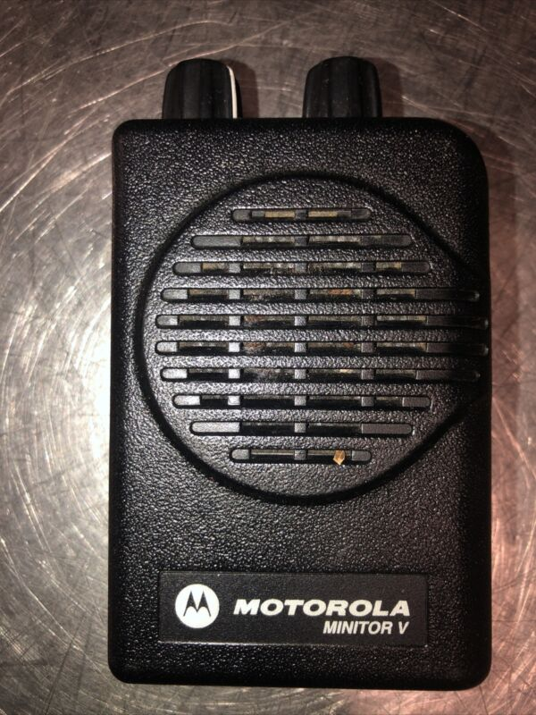 Motorola Minitor V. No Battery Or Charger/Clip. Please See All Pics For Details