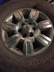 "18"" Factory ford  f150 rims and tires"