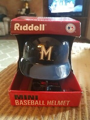 Milwaukee Brewers Mini Helmet (MILWAUKEE BREWERS MINI HELMET.GREAT FOR SPRINGTRAINING AUTOGRAPHS  )