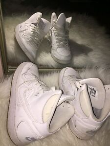 Nike Air Force High Tops in white sneakers/runners