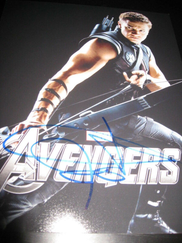 JEREMY RENNER SIGNED AUTOGRAPH 8x10 PHOTO AVENGERS PROMO IN PERSON COA NY M