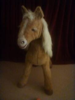 Furreal Butterscotch Horse Large