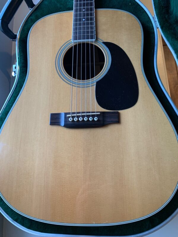 Martin D-35 Acoustic Guitar 1998 Standard with Martin HSC with upgraded waverlys
