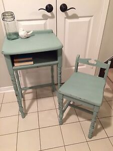 Shabby chic refinished telephone table/children's desk