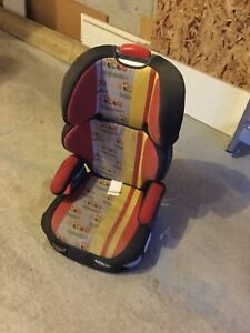 Very nice kids car seat