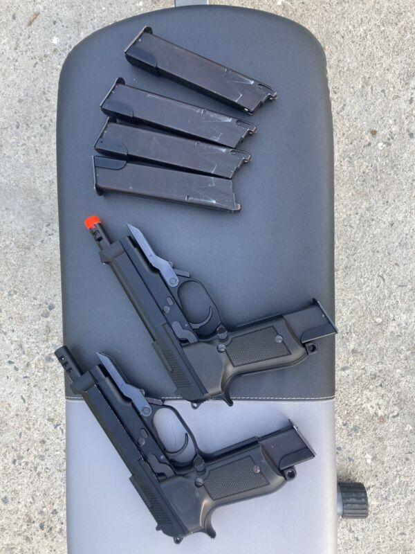 """KWA m93R Airsoft pistol """"Akimbo"""""""