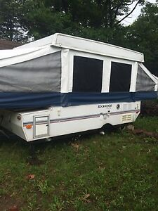 tent trailer - great shape