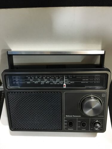 VINTAGE RADIO NATIONAL PANASONIC 3 BANDS  MW(-AM) -LW-FM -1960S RARE