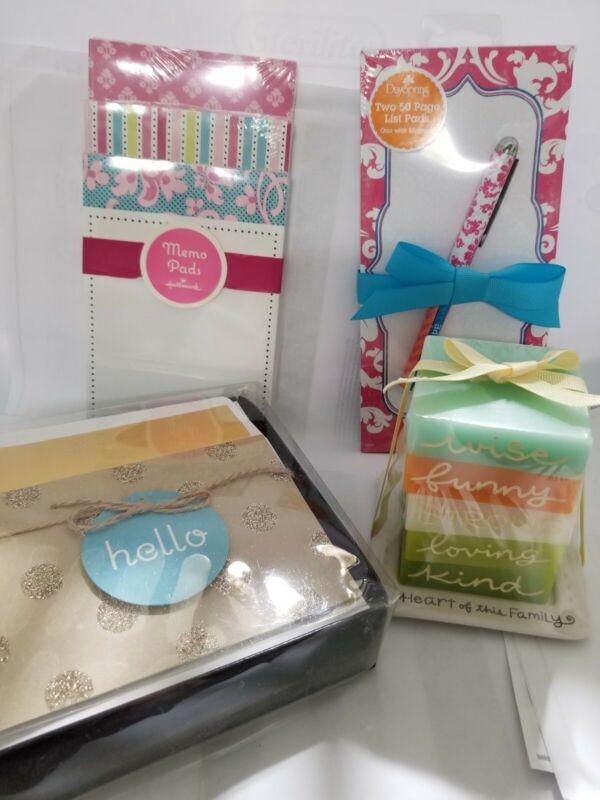 Hallmark Memo Pad Gift Set w/ Candle
