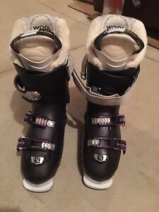 Ski boots Salomon with ski