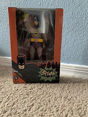 NECA DC COMICS BATMAN CLASSIC TV SERIES BATMAN FIGURE BATMAN 1966!!!