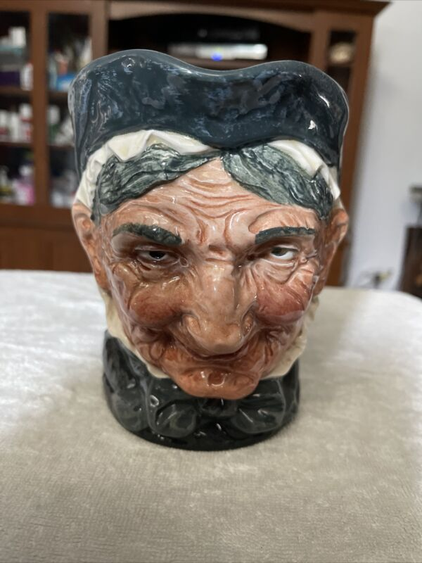 """ROYAL DOULTON TOBY JUG D5521 pitcher """"GRANNY"""" w/tooth Large 6 in."""