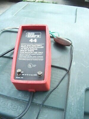 Electric Fence Controller 10 Mile Red Snapr 44 Works Great 612volt Battery