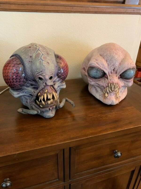 Jordu Schell Hybrid II and Jon Fuller Bug Eye Alien Mask Bust Prop