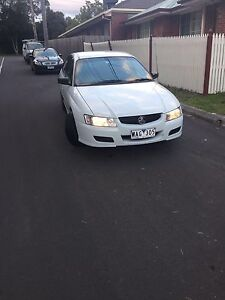 2005 Holden Commodore Sedan Melbourne CBD Melbourne City Preview
