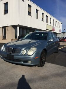 2004 Mercedes E500 4MATIC w/Safety !