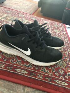 NIKE REACT ODYSSEY RUNNING SHOES SIZE 12
